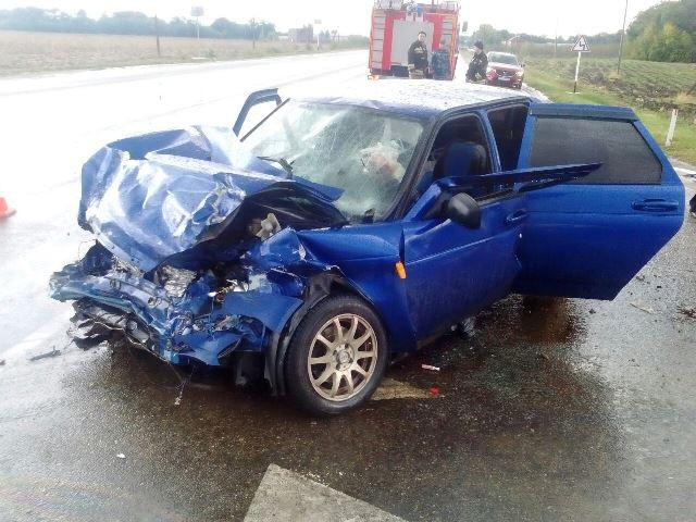 21-летний пассажир «Лады» умер повине пенсионера вДТП наКубани