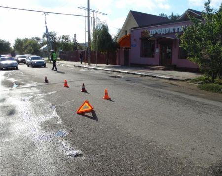 ВАстрахани под колеса иномарки угодила 6-летняя девочка
