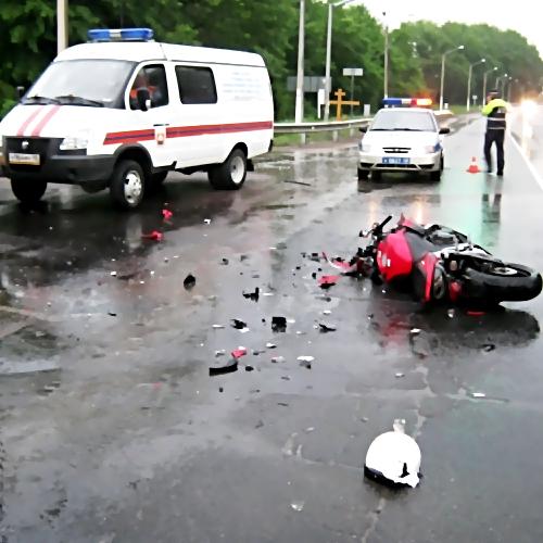 ВЛенобласти вДТП насмерть разбился старый мотоциклист