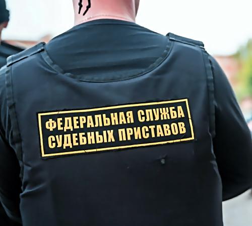ВКузбассе судебные приставы арестовали машины вавтошколе