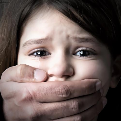 ВЛенинградской области схвачен  педофил, изнасиловавший 8-летнюю девочку