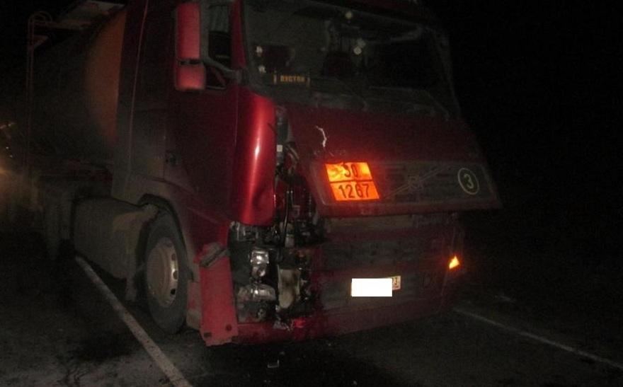 Мотоцикл столкнулся с фургоном: мотоциклист умер