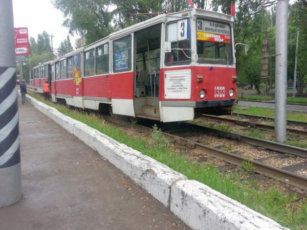 ВСаратове 10-летняя девочка угодила под трамвай на1-й Дачной