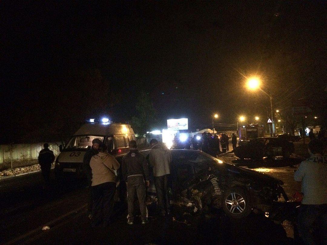 ВВоронеже вДТП с 2-мя иномарками умер человек, еще 6 пострадали