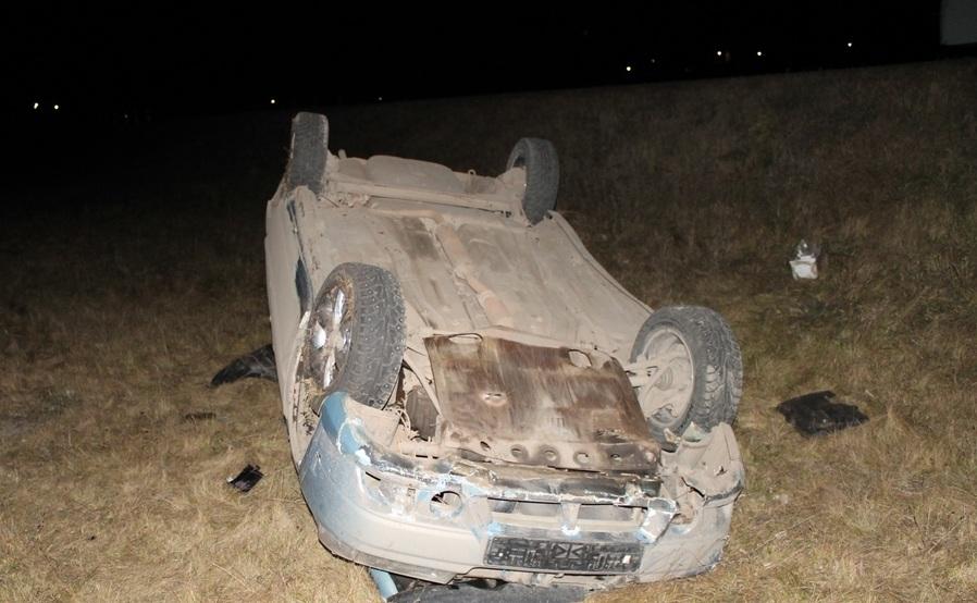 ВБашкирии иностранная машина опрокинулась вкювет, шофёр умер