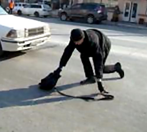 Иностранная машина сбила наТверской-Ямской пешехода