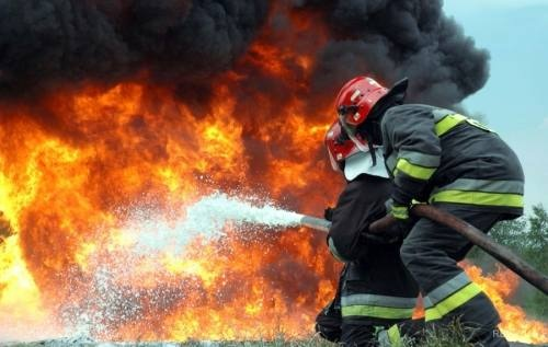 Тревожное утро. ВАстрахани напожаре погибла женщина