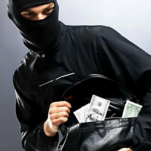 ВТвери упенсионера украли 1,8 млн. руб.
