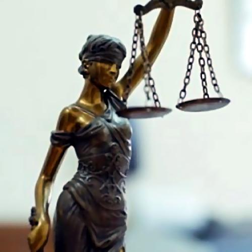 ВУдмуртии полицейскому отсрочили вердикт из-за несовершеннолетней дочери