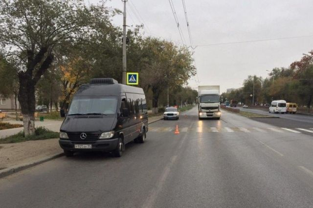 Наюге Волгограда микроавтобус сбил 9-летнего мальчика