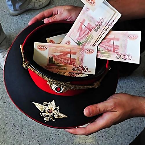 ВКиришах инспектор ДПС попался наполучении взятки в20 тыс.