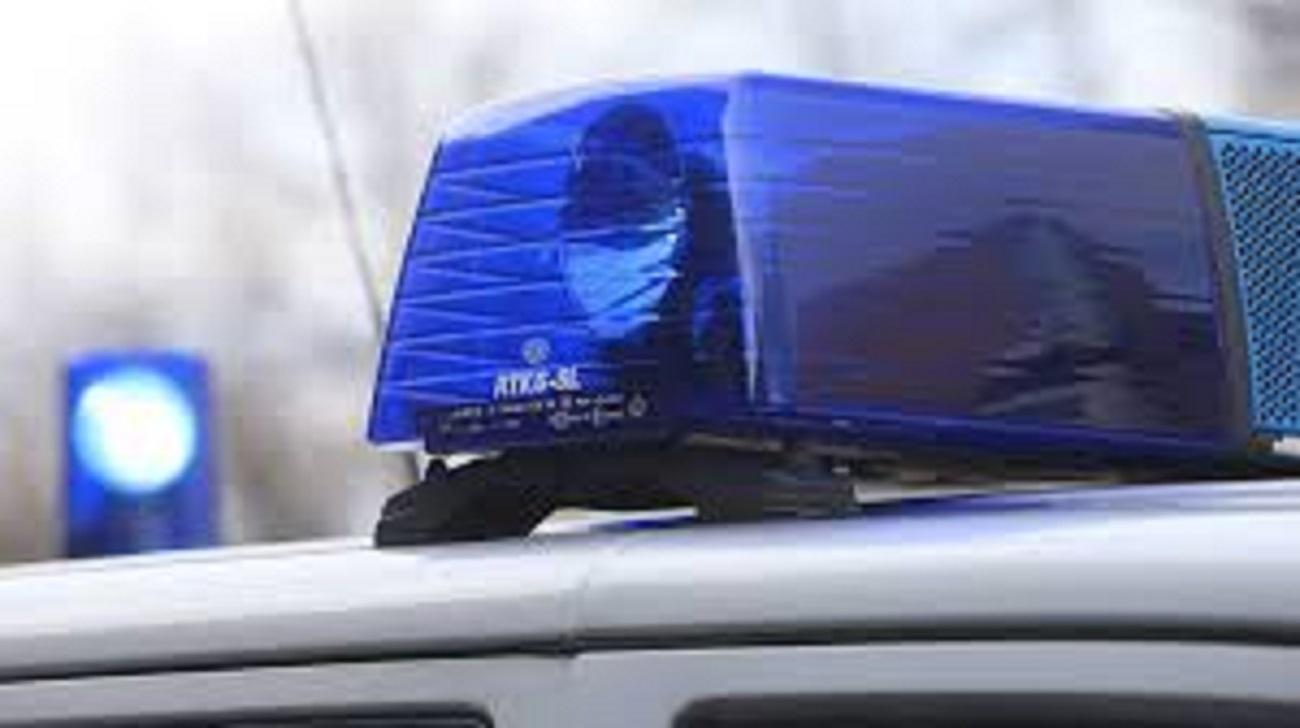 ВЕкатеринбурге Mercedes сбил женщину иврезался встену кафе