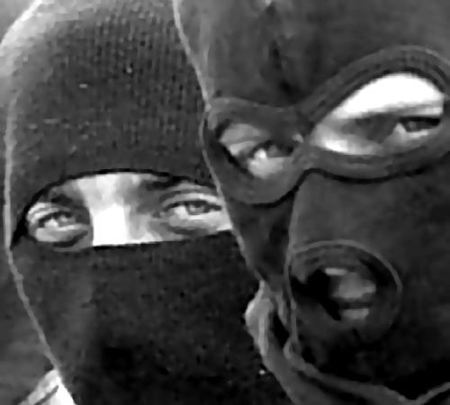 Двоих граждан Ростовской области подозревают вкражах у пожилых людей