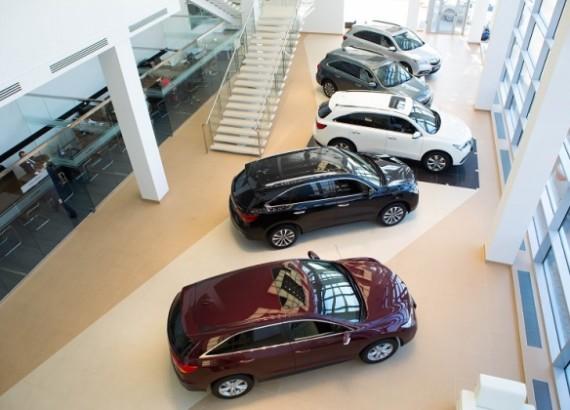 Русский рынок автомобилей ксередине осени: цены продолжают рост