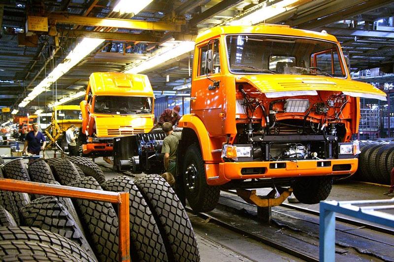 КАМАЗ отменил простой 30 октября из-за увеличения заказов