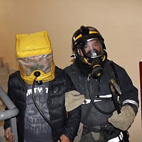 20 человек эвакуировали напожаре вобщежитии