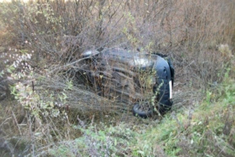 ВКимрском районе джип вылетел вкювет, шофёр умер