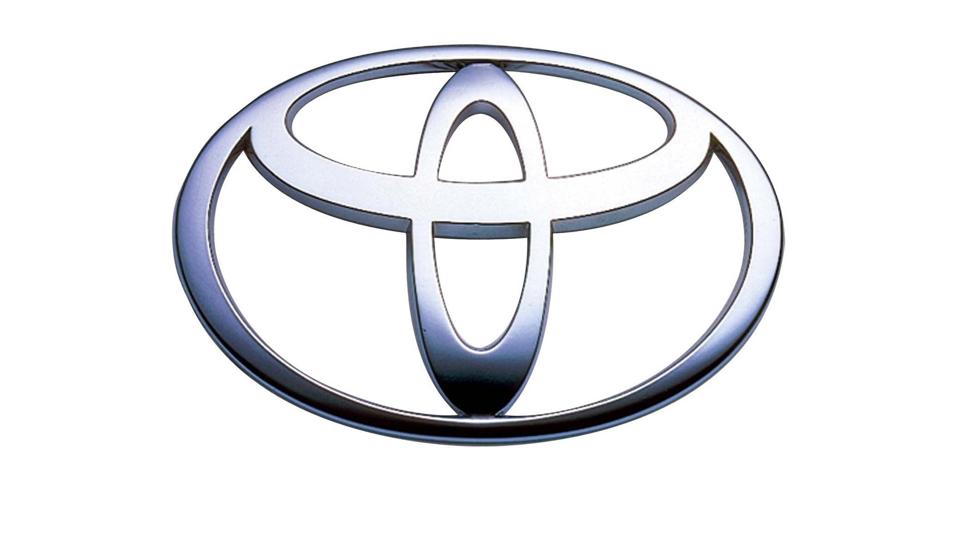 Toyota отзывает 5,8 млн автомобилей из-за подушки безопасности Takata