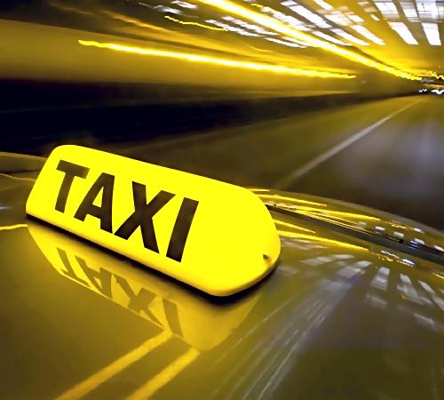 ВСамаре нетрезвый пассажир, угрожая ножом, угнал автомбиль таксиста