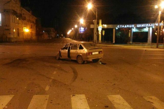 «Газель» перевернулась при столкновении сВАЗом вЧелябинске