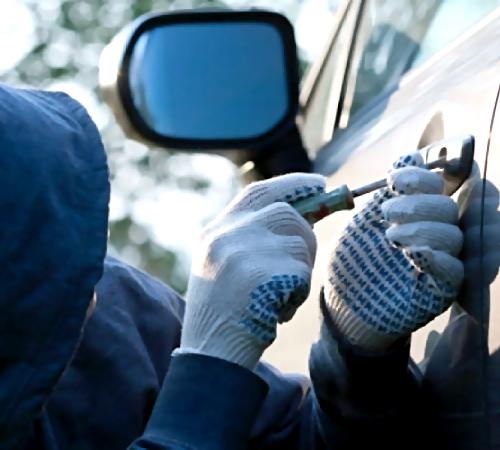 Гражданин Новосибирской области угнал три автомобиля Жигули затри часа