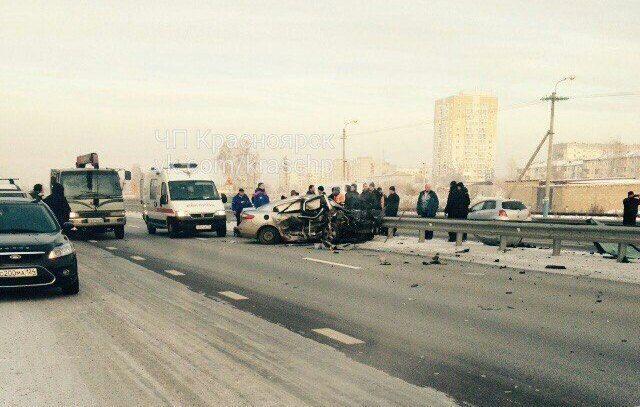 Влобовом ДТП натрассе под Сосновоборском умер шофёр Тойота
