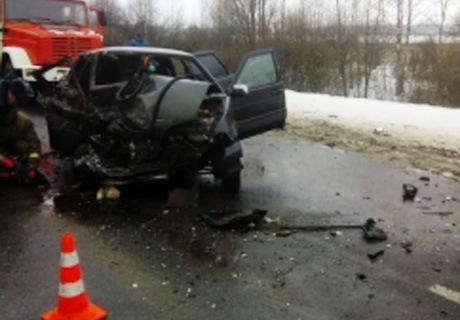 Автомобили ВАЗ 2115 и Митцубиши Outlander столкнулись вКасимовском районе