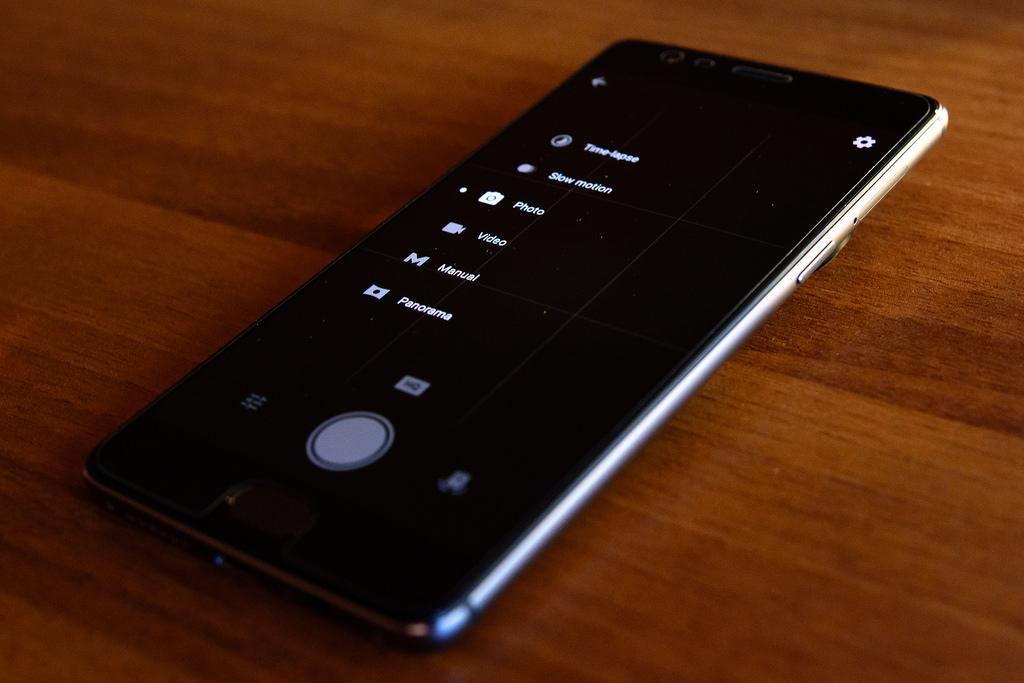 Смартфон One Plus 6T предложат в пурпурном цвете