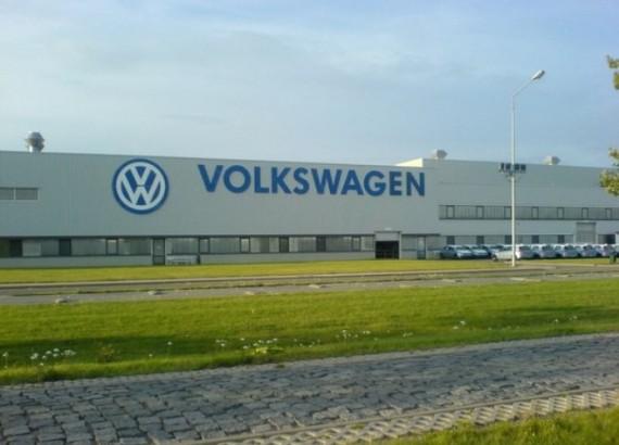 Концерн Volkswagen не планирует сокращать объемы производства в России
