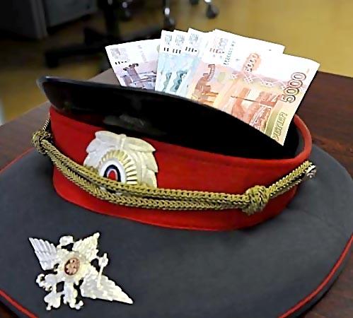 Глава Гибдд Кизилюрта схвачен заполучение взятки