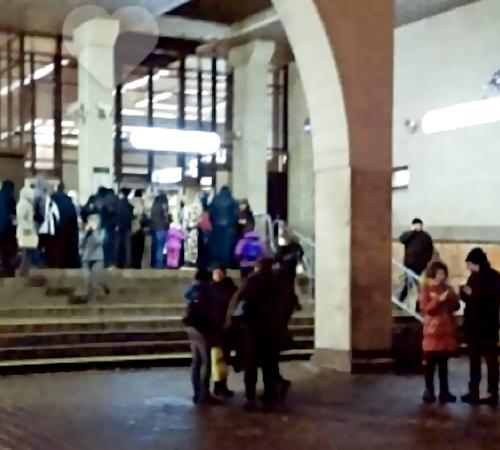 ВПетербурге закрыли станцию метро «Старая Деревня»