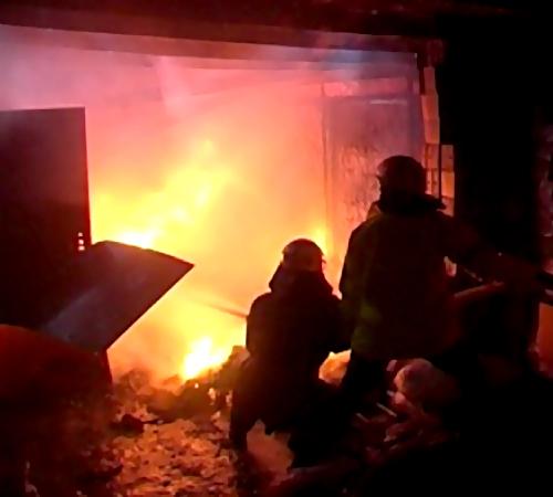 ВКраснодаре старый мужчина живьем сгорел всвоей иномарке