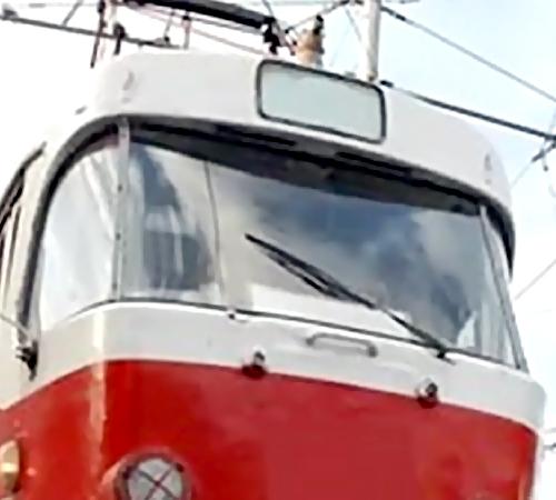 Уголовное дело наводителя трамвая, сбившего пешехода, возбуждено вТаганроге