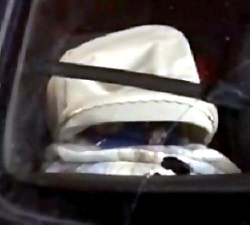ВОмске грудного ребёнка оставили вхолодной машине настоянкеТЦ