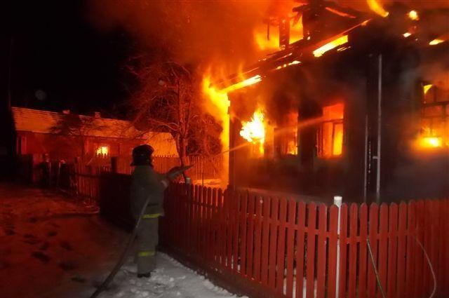 Пофакту смерти пятилетней девушки напожаре проводится проверка