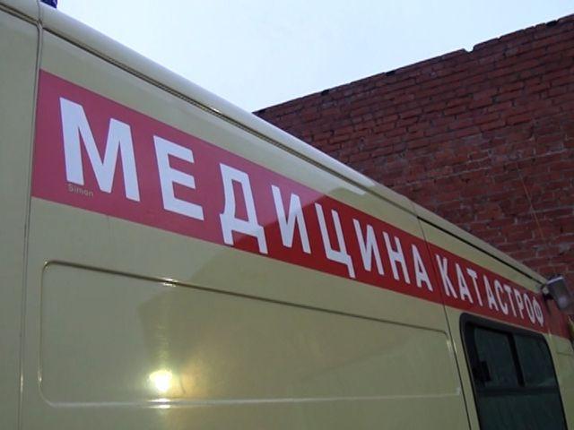 Иностранная машина слетела вкювет иперевернулась вСмоленской области. Есть пострадавшие