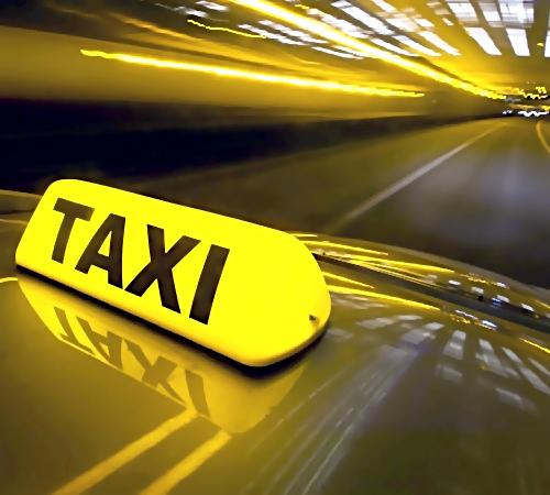 ВЕкатеринбурге полицейские задержали угонщика такси