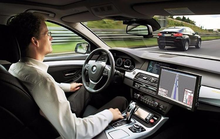 Компаниями БМВ иBaidu сворачивается общую разработка беспилотных транспортных средств
