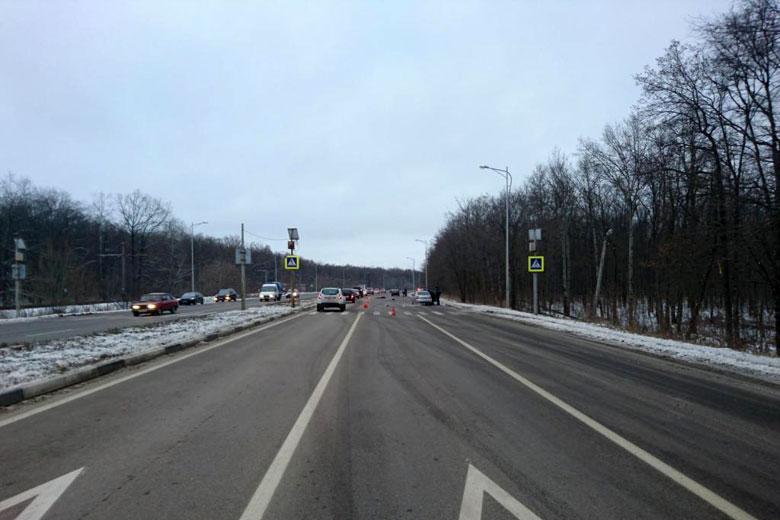 «Приора» насмерть сбила женщину вСтаром Осколе Белгородской области