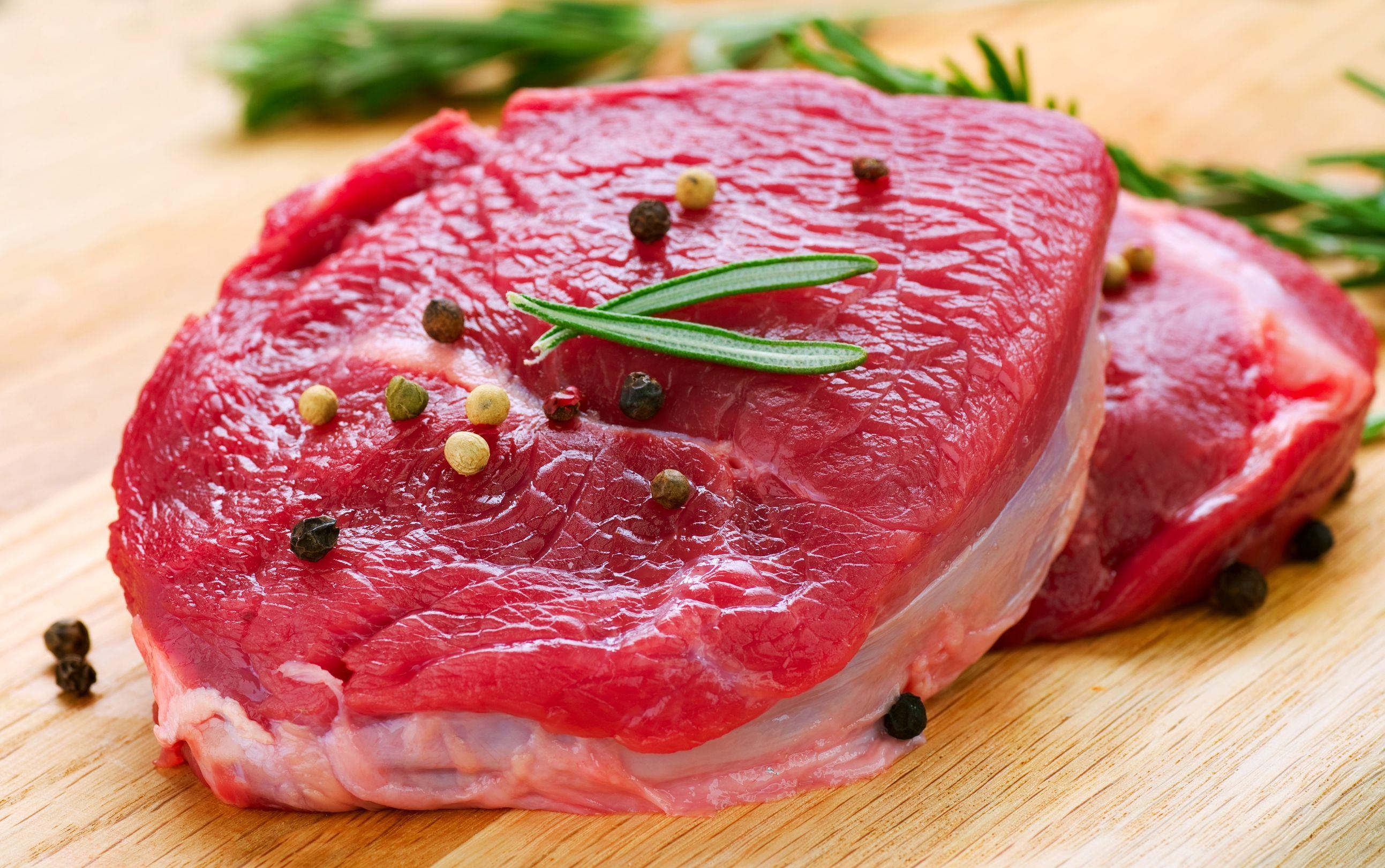 Ученые рассказали, что полезнее есть вместо мяса