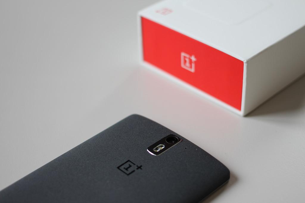 Обновление для OnePlus 6T улучшает камеру иавтономность телефона