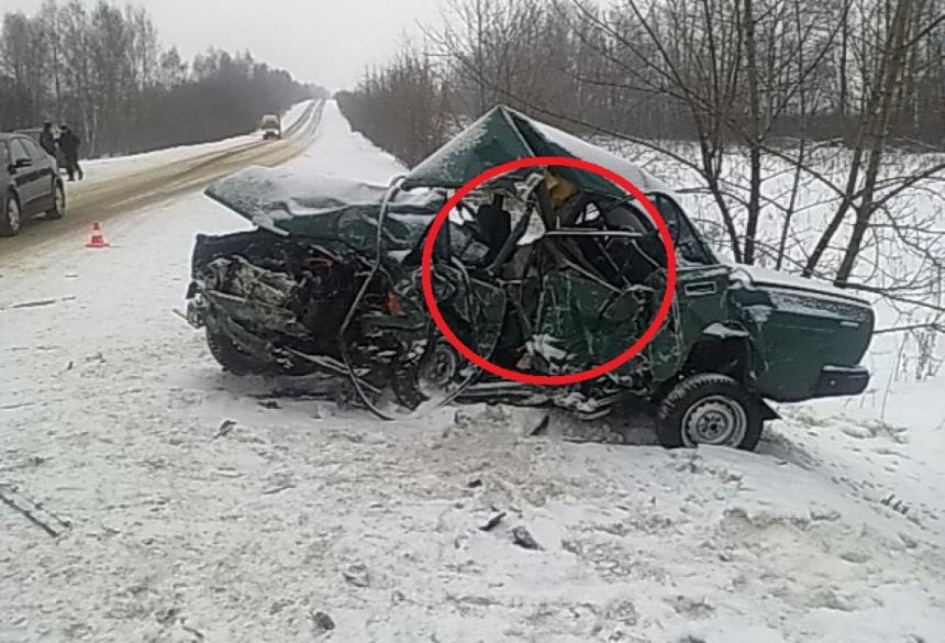 Натрассе «Нытва-Кудымкар» вмассовом ДТП умер человек