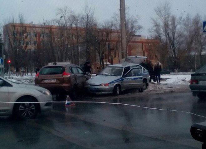 ВНижнекамске встолкновении «Лады» ипатрульной машины пострадал ребенок