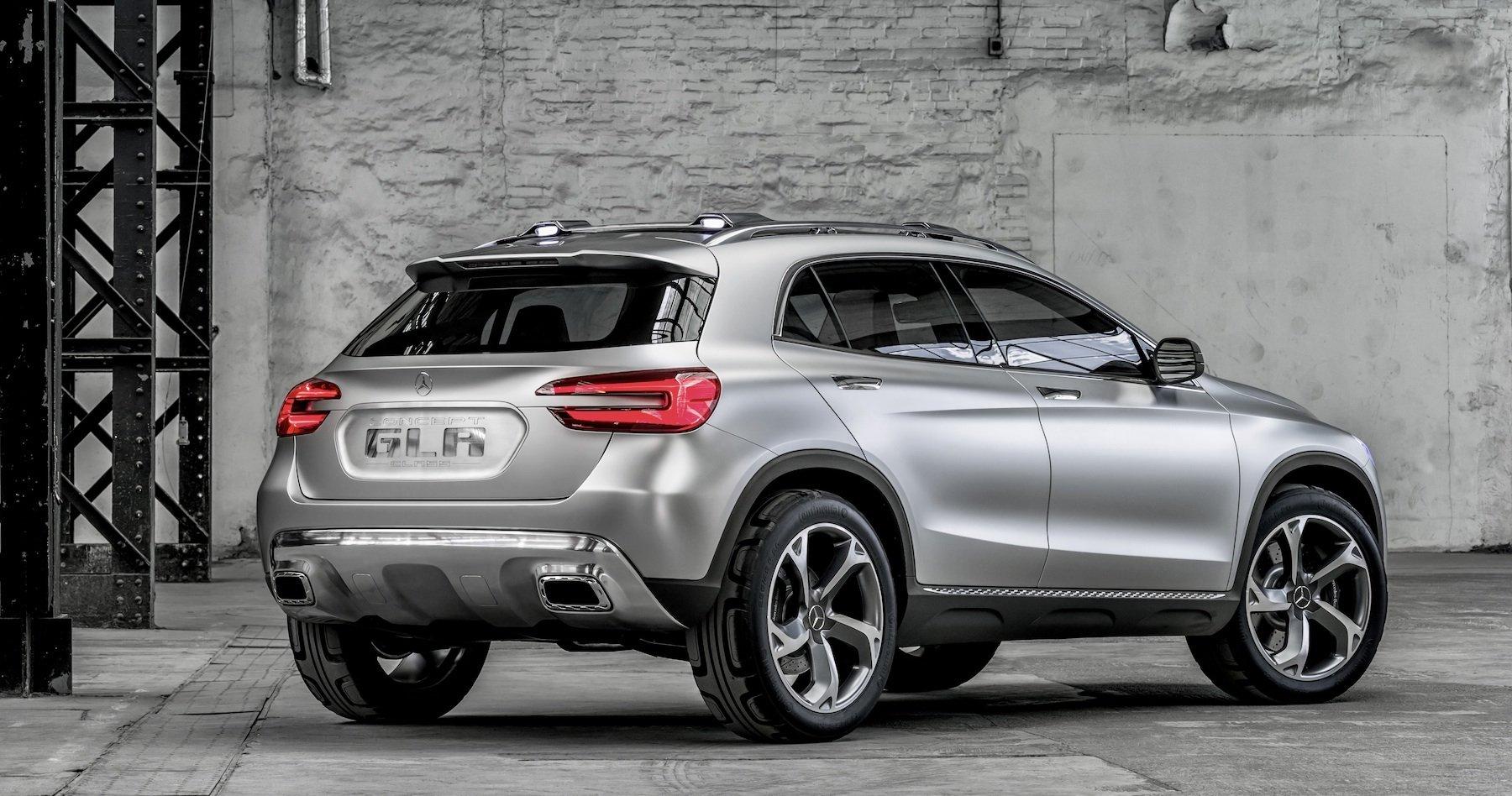 Mercedes-Benz начал тестовые испытания обновленного кроссовера GLA