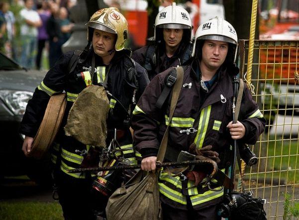 Молодой мужчина живьем сгорел вбытовке наЛиговском