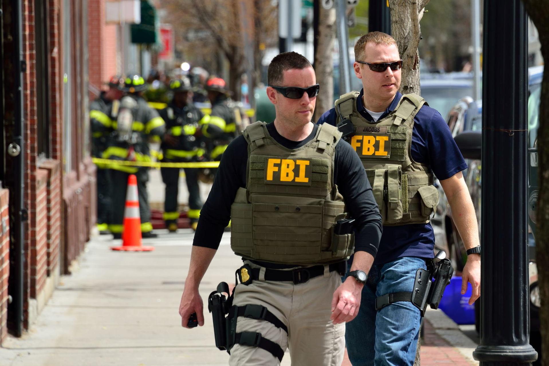 ФБР получило разрешение взламывать компьютеры ителефоны повсей планете