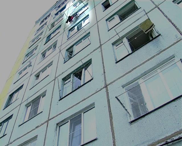 ВРостове с4 этажа выпал мужчина иразбился насмерть— свидетели