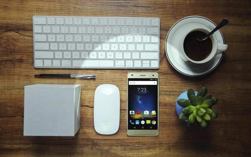 В Российской Федерации смартфон Uhans H5000 доступен за110 долларов