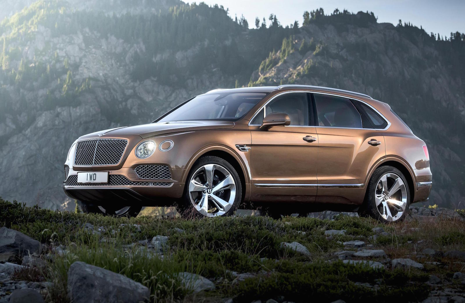 Bentley превратит Bentayga в семейство кроссоверов