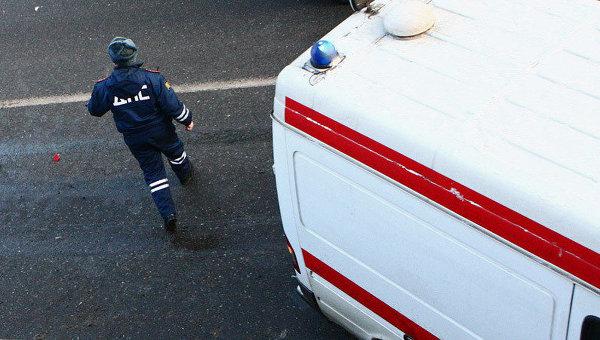 Две «Лады» и иностранная машина столкнулись нановосибирской трассе. Один человек умер